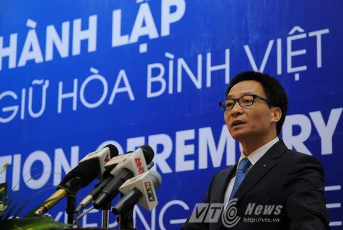 Phó Thủ tướng Vũ Đức Đam phát biểu tại lễ thành lập Trung tâm gìn giữ hòa bình Việt Nam - Ảnh: Tùng Đinh