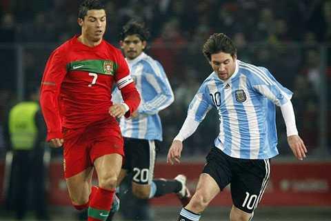 Ronaldo và Messi dĩ nhiên là không thích suy luận này