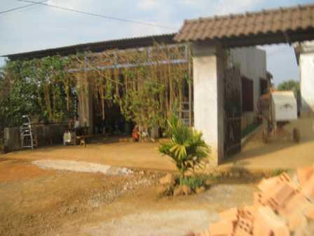 """Vợ chồng bà Dương – ông Tùng không chịu nổi sự dị nghị của người đời đã bán nhà rời khỏi """"làng đàn bà"""""""