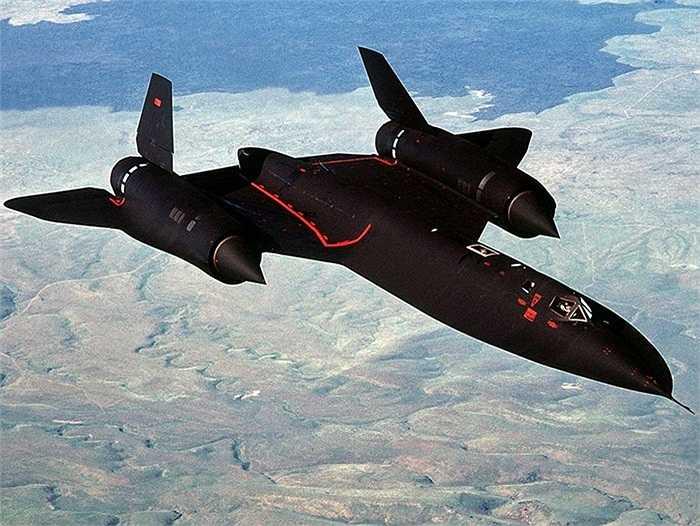 Đã có 32 chiếc SR-71 được sản xuất trong đó có 29 chiếc SR-71A, 2 chiếc SR-71B và 1 chiếc SR-71C