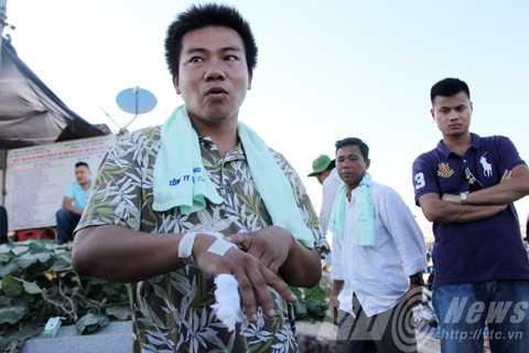 Ngư dân Nguyễn Huỳnh Bá Biên thuật lại sự việc bị tàu Trung Quốc tấn công