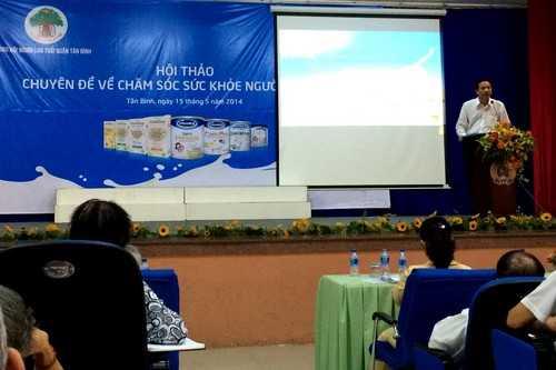 Ông Nguyễn Văn Luận – Giám Đốc Kinh doanh Vinamilk - TP. HCM chia sẻ với người tiêu dùng những thông tin về công ty