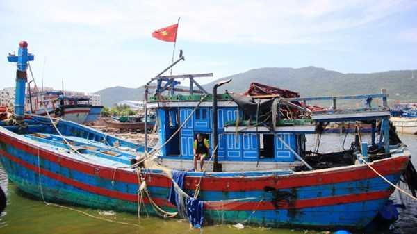 Vết tích tàu ĐNa 90152 TS bị tàu Trung Quốc đâm chí mạng. Ảnh: Nguyễn Huy