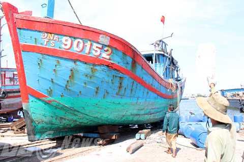 Tàu cá ĐNa 90152 được UBND huyện Hoàng Sa đề xuất mua lại, giữ nguyên trạng để trưng bày và làm bằng chứng tố cáo Trung Quốc