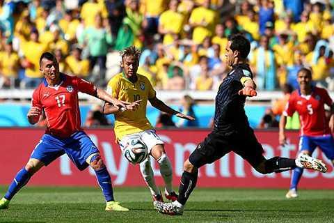 Neymar chơi rất mờ nhạt trong hiệp 2