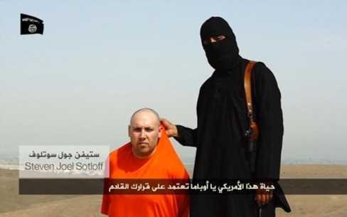Nhà báo Steven Sotloff rất có thể phải chịu chung số phận với người đồng nghiệp Foley (Ảnh AP)