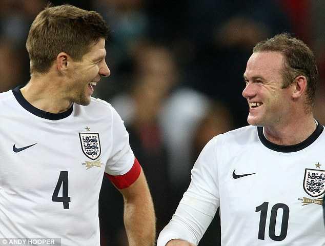 Gerrard ủng hộ Rooney làm thủ lĩnh Tam Sư