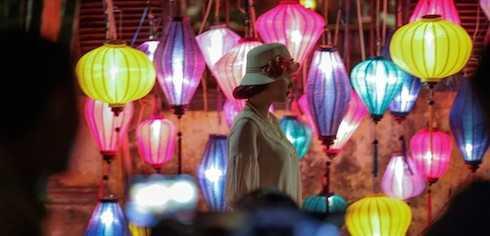 Phần lớn bộ phim 'Scandal: Hào quang trở lại' được thực hiện vào ban đêm.
