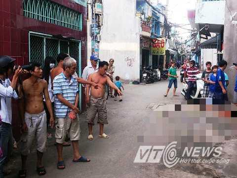 Người dân chưa hết bàng hoàng sau vụ cô gái bị đâm nhiều nhát dao gục chết trên phố