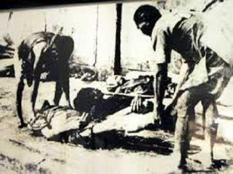 Những bức ảnh ghi lại thời kỳ đau thương trong lịch sử dân tộc (Ảnh: Võ An Ninh)
