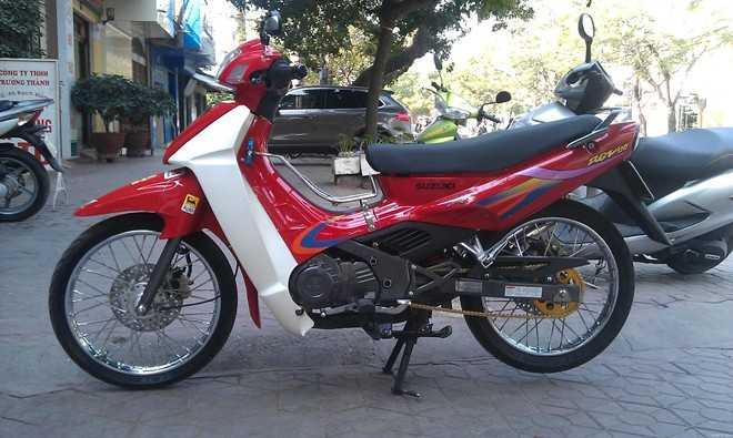 Suzuki RGV vẫn giữ giá cho đến thời điểm này. Ảnh: Rongbay.