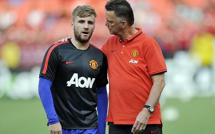 Van Gaal đặt niềm tin nhiều vào cầu thủ trẻ vì họ 'dễ bảo' hơn