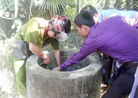 Chiếc giếng bỏ hoang, nơi phát hiện xác chị Đinh Thị H..