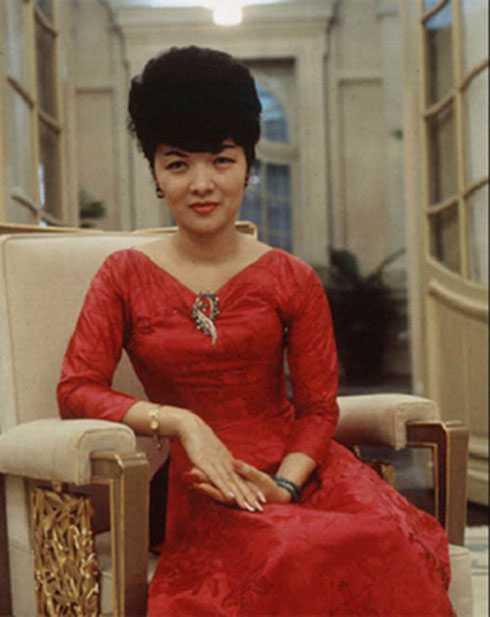 Bà Trần Lệ Xuân - biểu tượng sắc đẹp Sài Thành xưa.