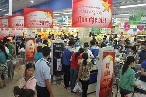 Dịp 2/9, các siêu thị đua nhau giảm giá