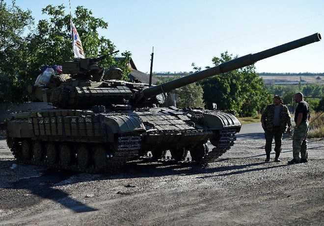 Xe tăng của quân ly khai Ukraine ở Donetsk