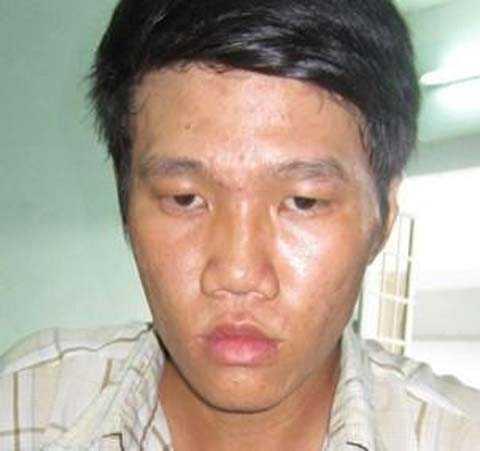 Đối tượng Nguyễn Văn Phú tại cơ quan công an