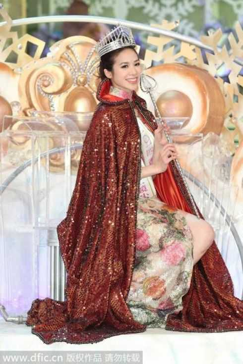 Veronica Shiu sở hữu nhan sắc nhẹ nhàng.