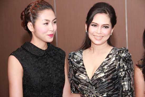 Do cùng xuất thân từ diễn viên, hiểu được tính chất công việc nghệ thuật mà mẹ chồng Hà Tăng hết sức thông cảm cho cô.