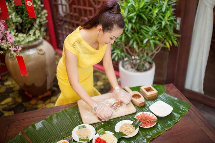 Hoa hậu Thu Hoài hy vọng, món quà nhỏ này sẽ góp phần mang lại một cái Tết đoàn viên ấm áp và trọn vẹn cho những thực khách.