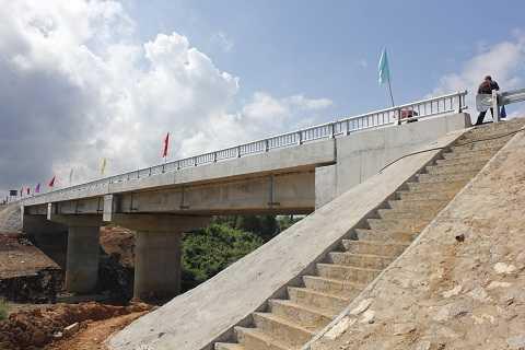 Cầu Khe Ang khánh thành sáng 6/9/2014
