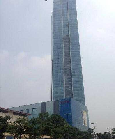 Tòa nhà Lotte mới khai trương đầu tháng 9 (Ảnh: MInh Chiến)