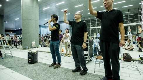 Người biểu tình Hong Kong đưa ra yêu cầu 4 điểm với chính quyền