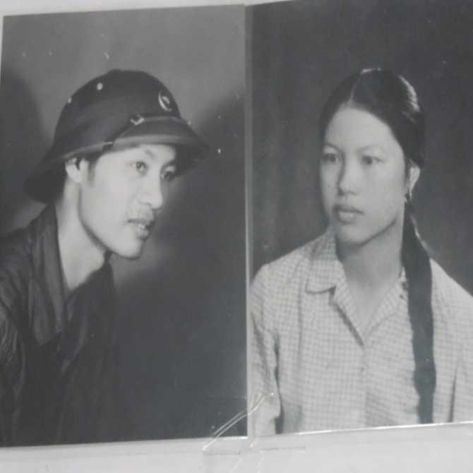 Ông bà Sanh, Khánh thời trẻ.