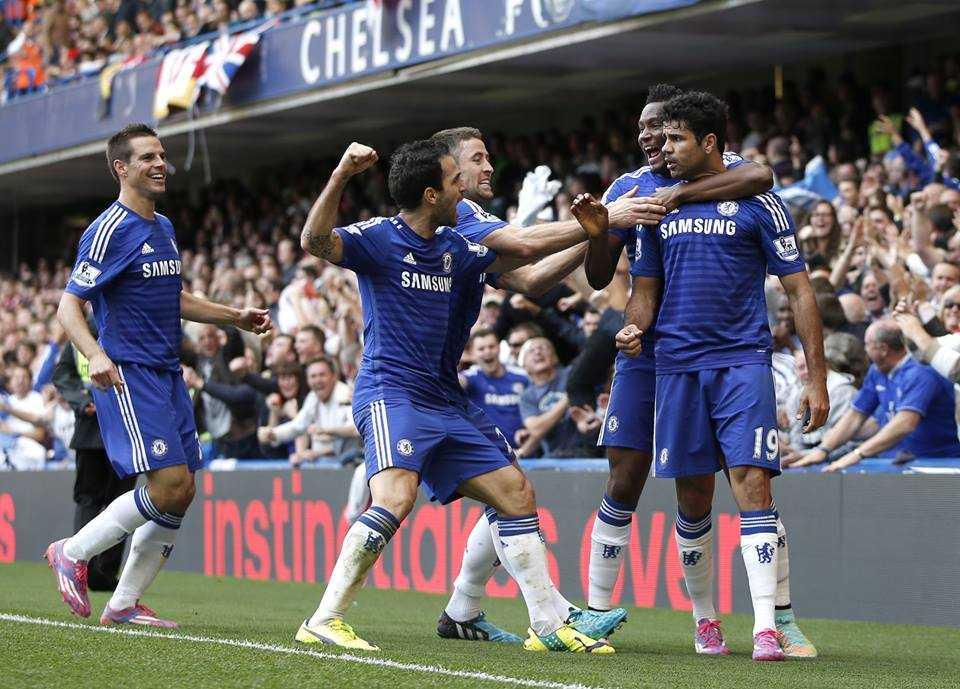 Chelsea dễ dàng hạ gục Arsenal