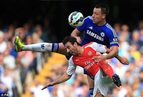 Arsenal chơi dưới cơ Chelsea