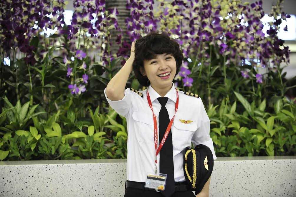 Nguyễn Phương Anh, một trong 5 nữ phi công của Vietjet Air