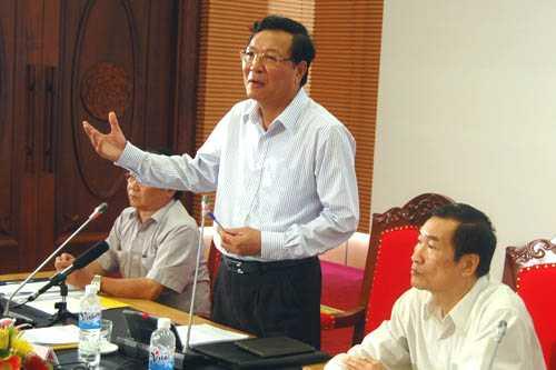 Bộ trưởng Phạm Vũ Luận giải trình phương án thi trước Ủy ban Văn hóa, Giáo dục, Thanh niên, Thiếu niên, Nhi đồng của Quốc hội ngày 23/9