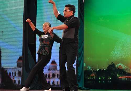 Bà Nhiên nhảy Gangnam Style bá đạo
