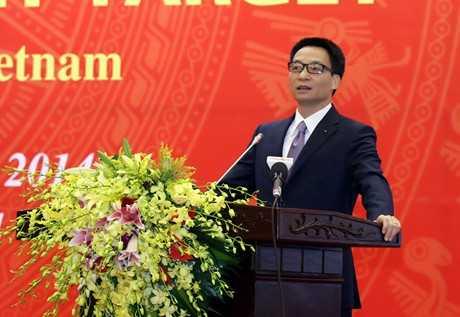 Phó Thủ tướng Vũ Đức Đam phát biểu tại hội nghị. Ảnh: Đình Nam