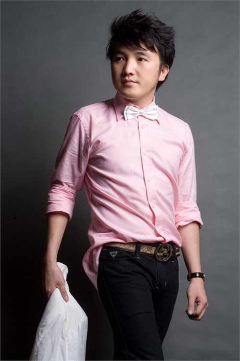 Ca sỹ Dương Ngọc Thái được nhiều người yêu thích với ca khúc Gọi đò
