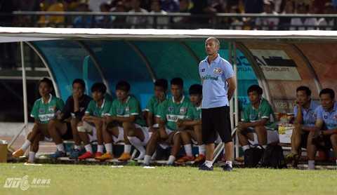 Thầy Giôm sẽ cho các học trò được nghỉ 10 ngày sau giải U21 Quốc tế (Ảnh: Quang Minh)