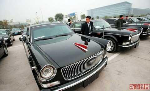 Cận cảnh chiếc xe Hồng Kỳ được sử dụng trong Hội nghị cấp cao APEC 2014