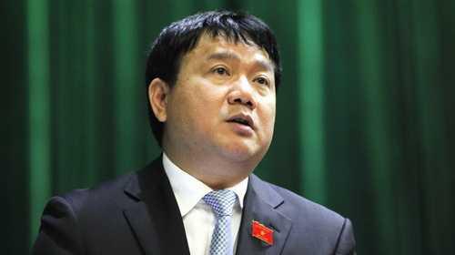 Bộ trưởng Đinh La Thăng được nhiều đại biểu đánh giá có chuyển biến rõ rệt trong cách điều hành, lãnh đạo ngành trong thời gian vừa qua