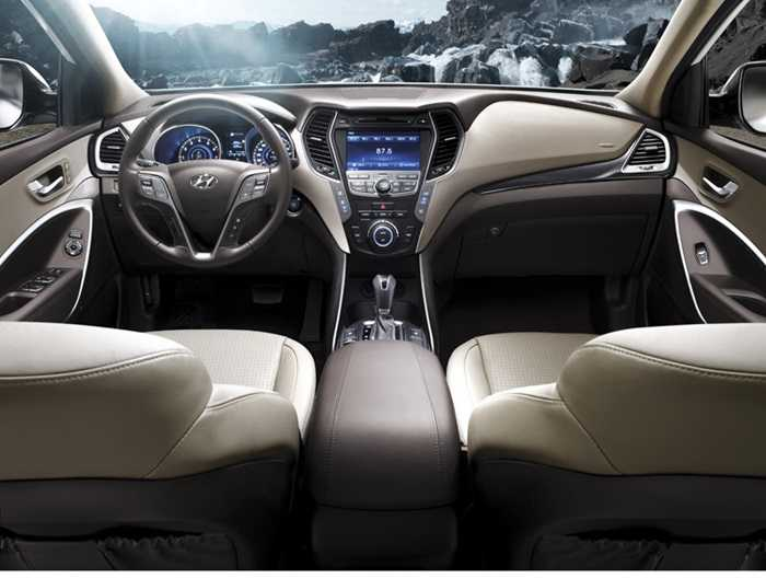 Hyundai SantaFe thế hệ mới được trang bị ba chế độ lái bao gồm: Normal, Comfor và Sport