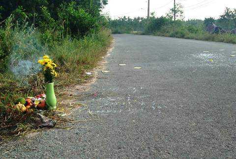 Hiện trường vụ tai nạn thương tâm ở huyện Củ Chi