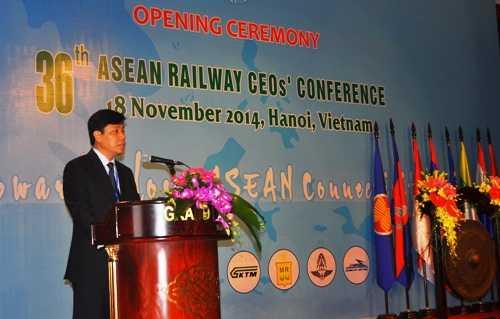 Thứ trưởng Nguyễn Ngọc Đông phát biểu tại hội nghị