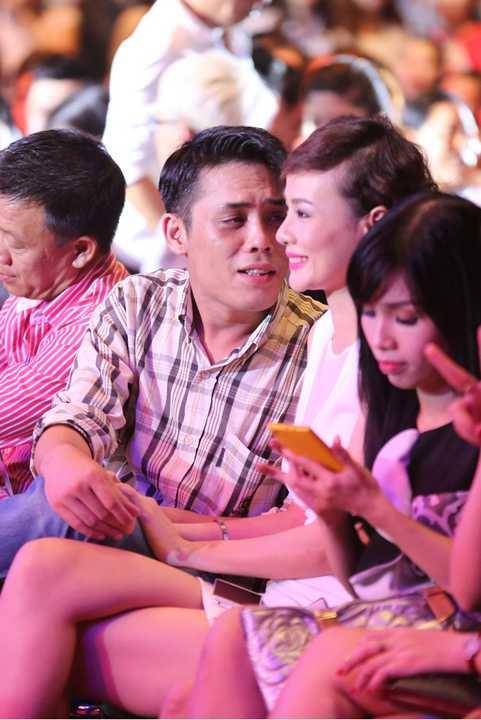 Được biết, ông xã Dương Yến Ngọc làm việc trong lĩnh vực Ngân hàng, và hạn chế góp mặt cùng vợ ở các sự kiện.