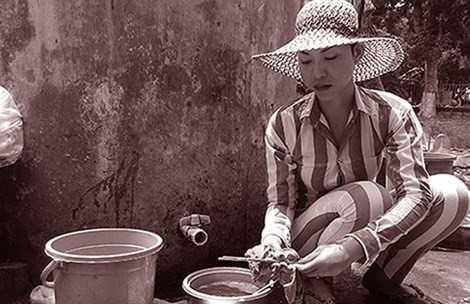 Một phạm nhân chuyển giới nửa chừng từ nam sang nữ nên vẫn đang ở chung với phạm nhân nam tại trại giam Phước Hòa.