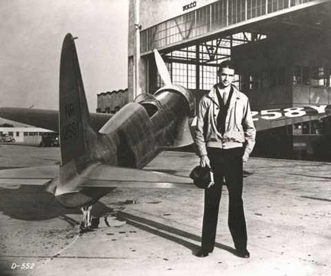 Howard Hughes - vị tỷ phú không gặp may mắn trong cuộc sống