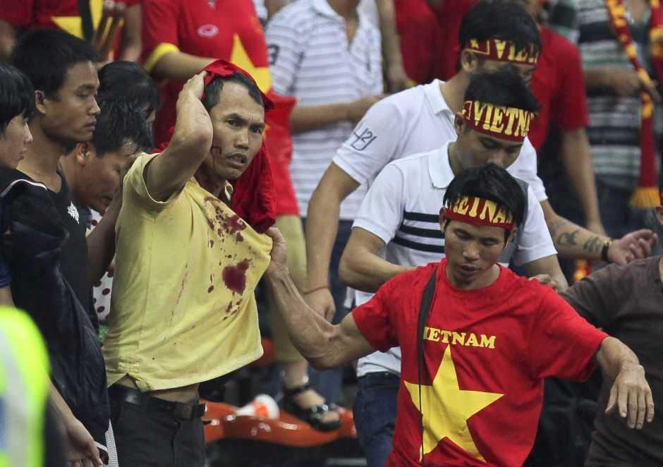 CĐV Việt Nam là nạn nhân tiếp theo của Ultras Malaysia