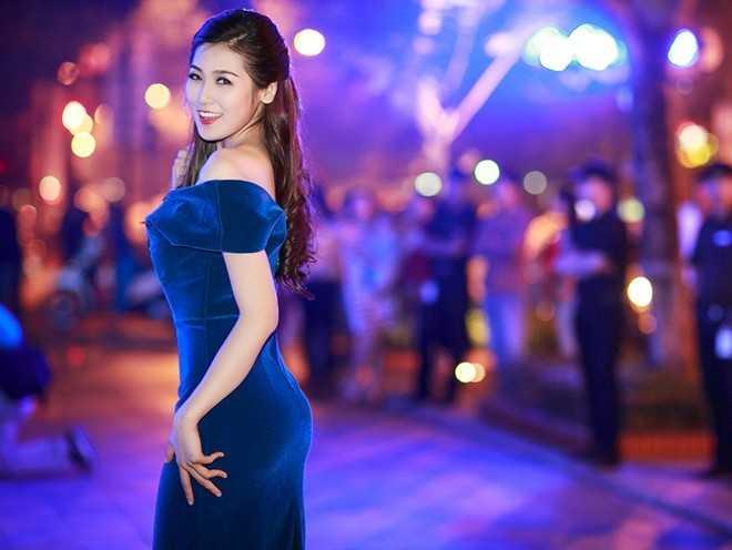 Á hậu Tú Anh cho rằng Hoa hậu Việt Nam 2014 là người thông minh, xinh đẹp.