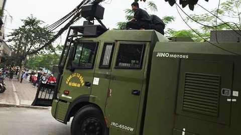 Xe đặc chủng chống bạo động của Cảnh sát cơ động Việt Nam                (Ảnh: Trần Tuấn - OF)