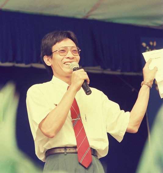 MC Lại Văn Sâm là gương mặt trở nên vô cùng thân thuộc với bất kỳ khán giả xem truyền hình nào.