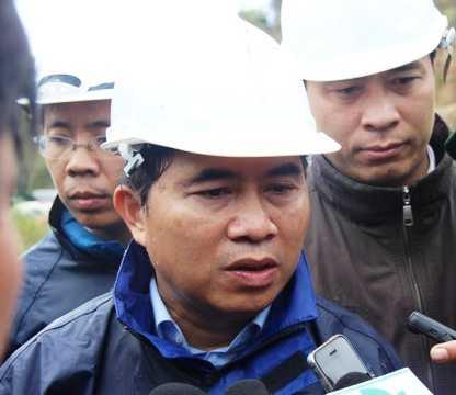 Thứ trưởng Bộ Xây dựng Lê Quang Hùng chỉ đạo công tác cứu hộ 12 công nhân vụ sập hầm thủy điện Đạ Dâng