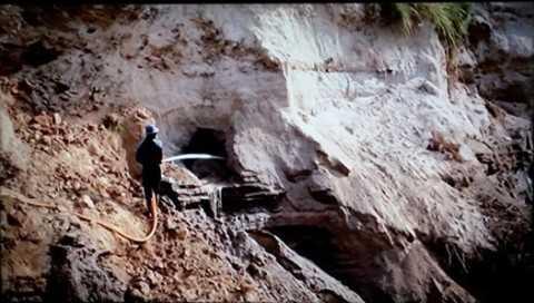 Đây đều là những cơ sở khai thác mỏ thiếc trái phép.